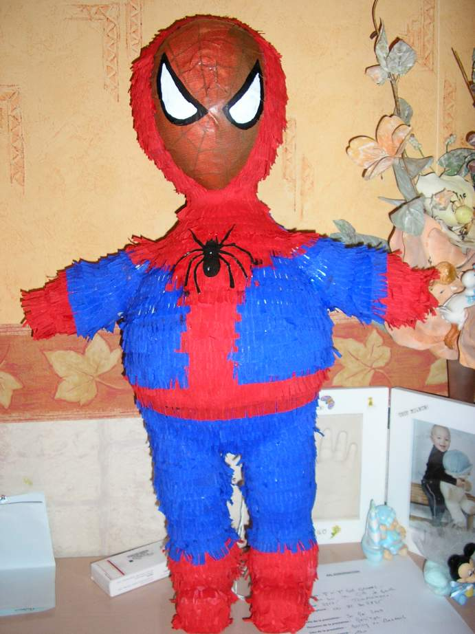 d coration anniversaire 5 ans de mon fils th me spiderman. Black Bedroom Furniture Sets. Home Design Ideas