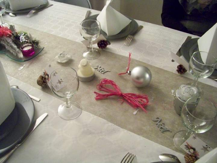 D coration de table r veillon de no l for Decoration reveillon