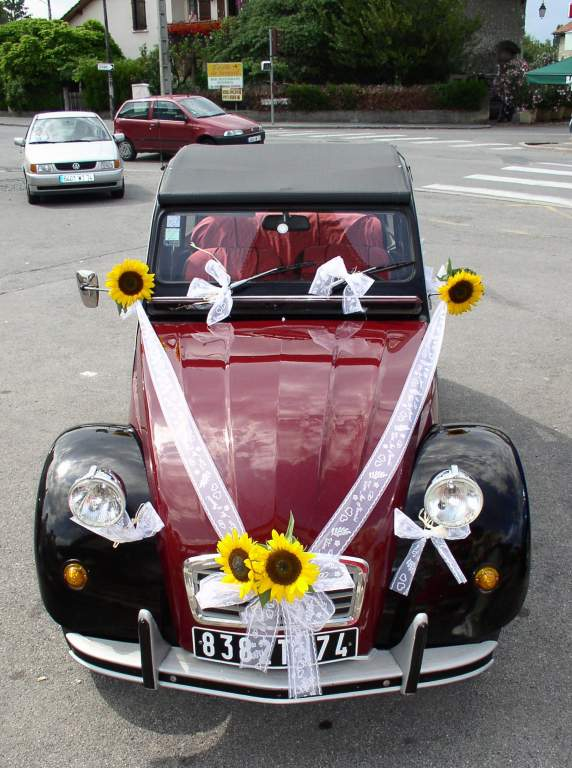 Deco voiture mariage champetre for Decoration voiture